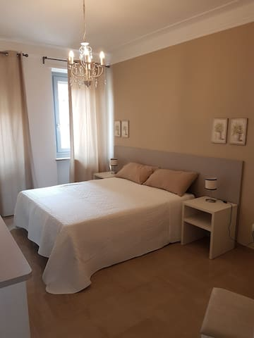 Stanza privata nei pressi di Torino