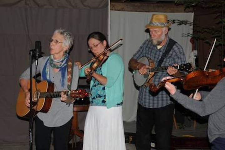The Sheets Family, Local Musicians, www.thesheetsfamilyband@gmail.com