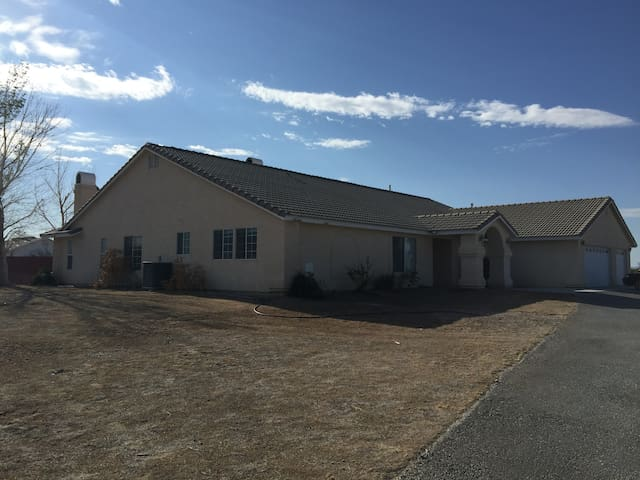 SHARED Home on the Range - Pahrump