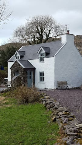 Charming Olde world cottage - brackaragh caherdaniel  - Rumah