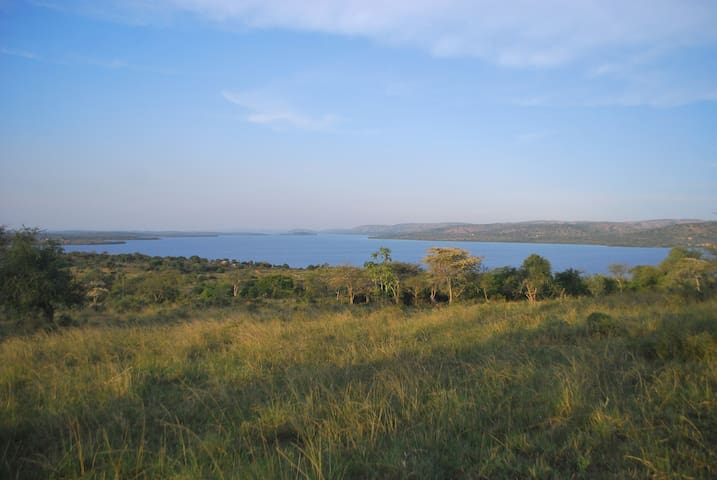 Kacheera Camp Tents- neighbouring Lake Mburo NP