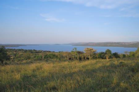 Kacheera Camp Tents- neighbouring Lake Mburo NP
