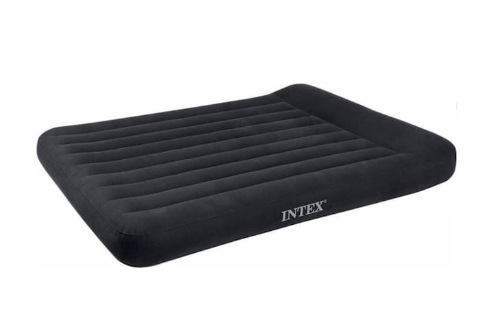 * Extra Airbed will be arranged for extra guests (after more than 4 guests)