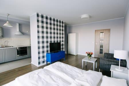Renttner Apartamenty Studio - Warsaw - Apartmen