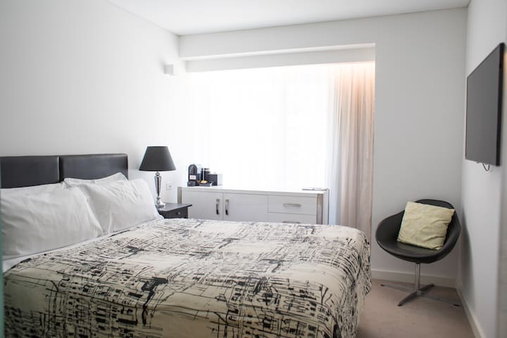 Homely Room in Northbridge + Large Roof Terrace
