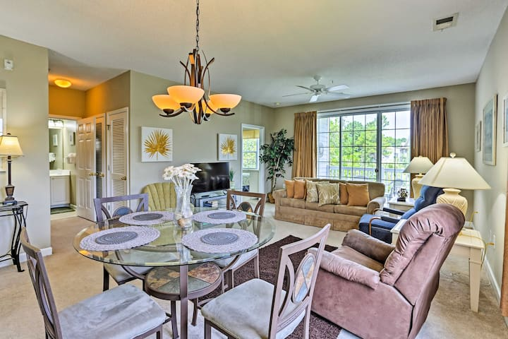 North Myrtle Beach Haven - Mins to Golf & Outlets!