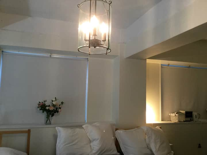 【Room A】Cozy, Relaxed, Spacious room