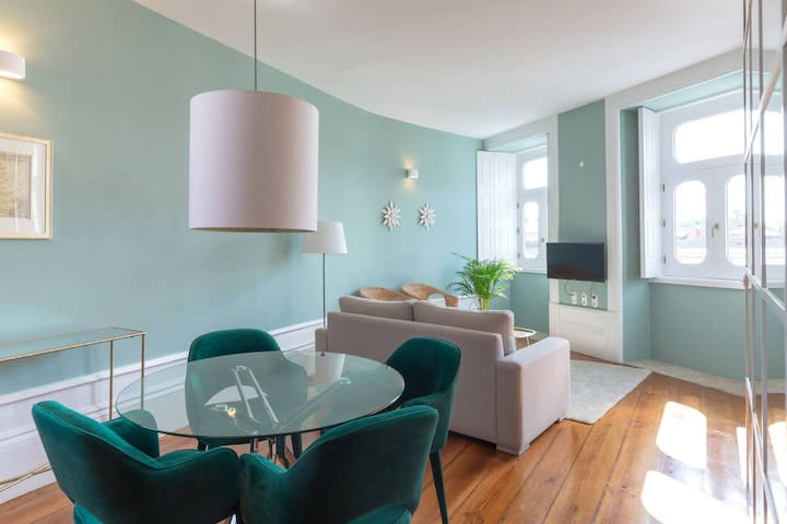 Modern and Bright 2BR Home - 1st