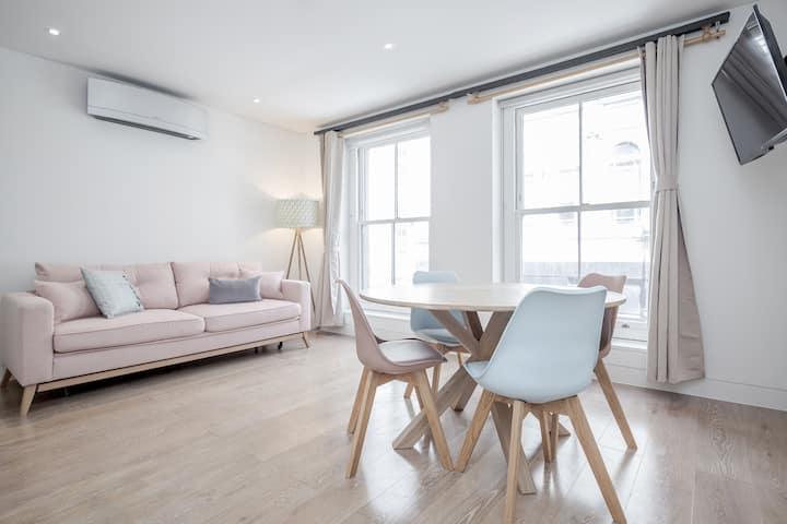 Cosy 1 bed at Berwick Street - BR02