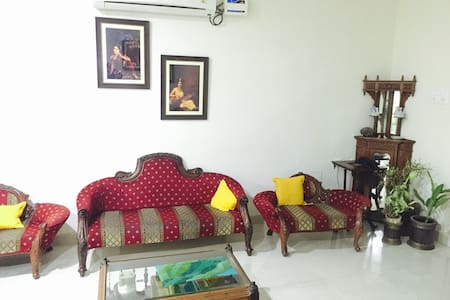 Affordable rooms in a quiet neighborhood - Hyderabad
