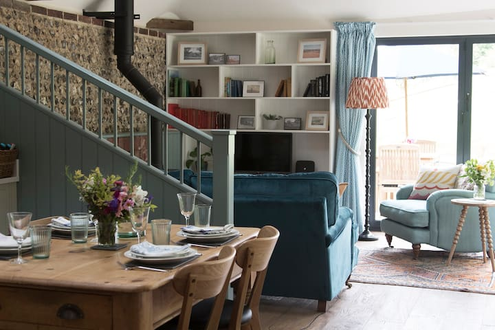 Newly renovated boutique barn Nr Brighton & Lewes