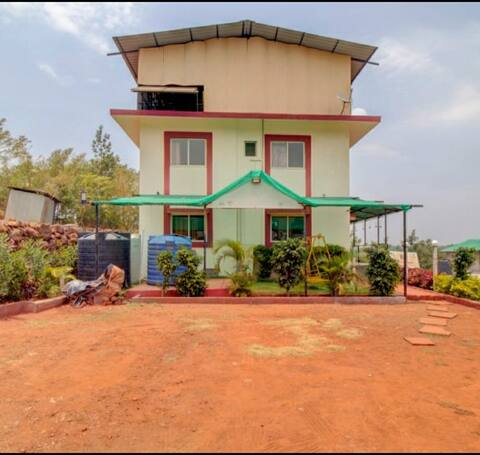 Kusum Palace Bungalow with Valley View