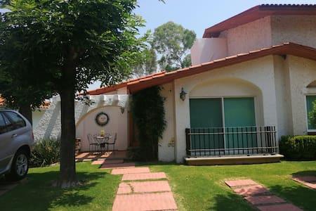 Villa con vistas en Club de golf San Gil