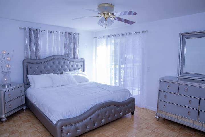 Peaceful large room