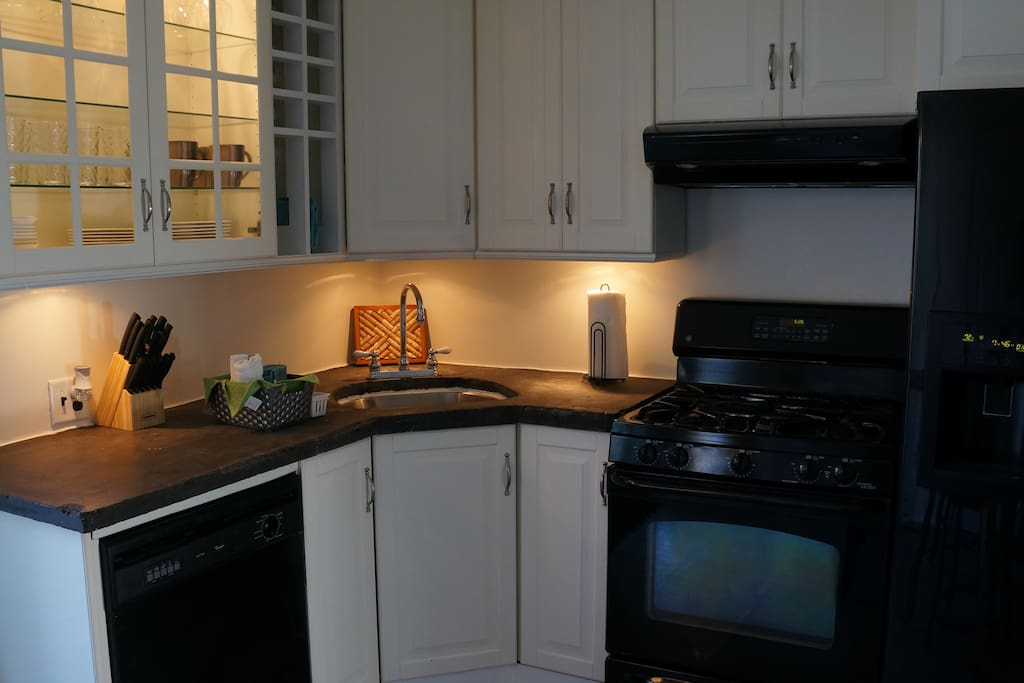 Kitchen with welcome basket