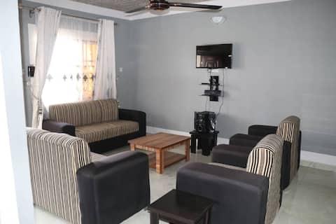 Necomitt Lodge - 3 Bedroom Luxury