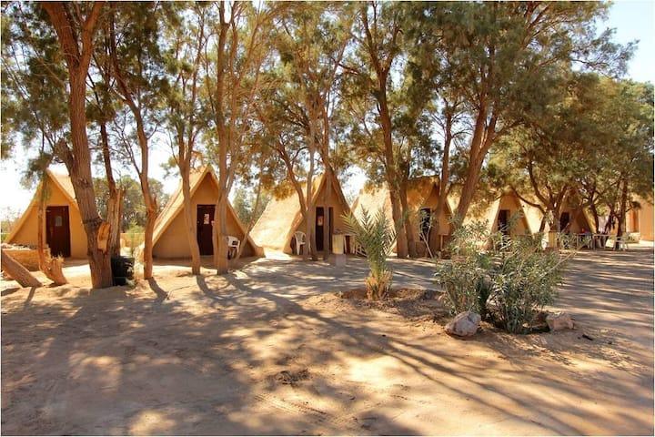 Petite Hutte 100% écologique à KSAR SANI