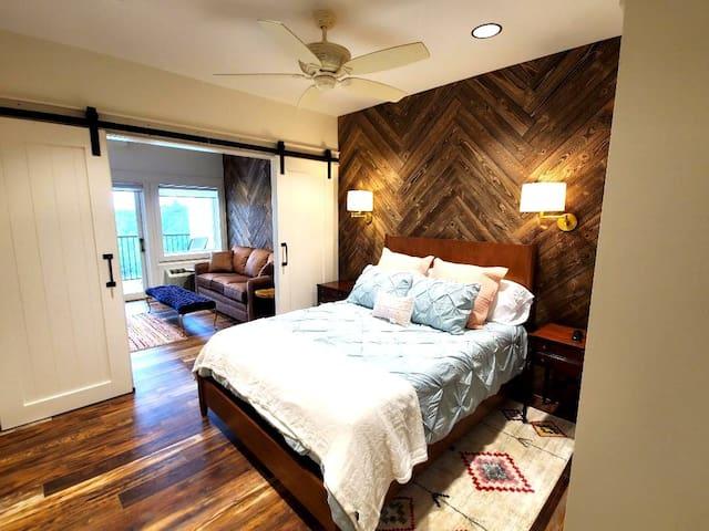 Bedroom 3 - The Big Creek Lodge