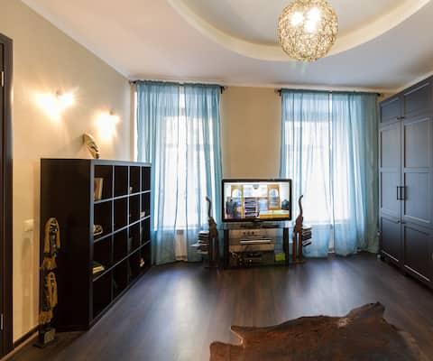 Двухкомнатные апартаменты в самом центре СПб