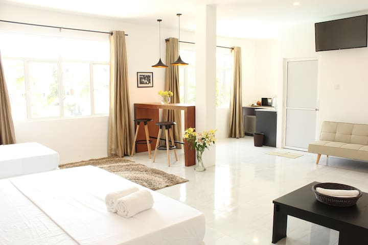 The Loft Colombo - Deluxe Family Junior Suite