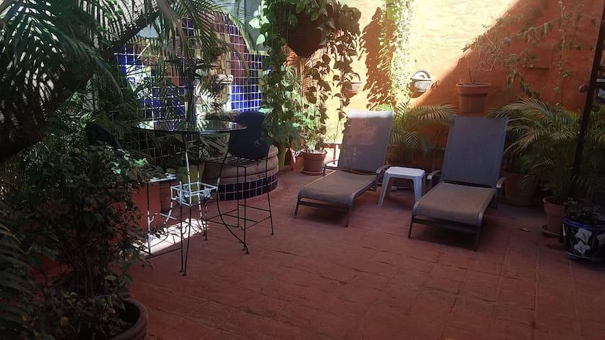 Los Muertos! Great Location - Private Courtyard!