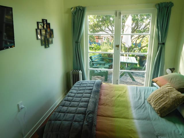 Great location, own bathroom - Auckland - Bungalov