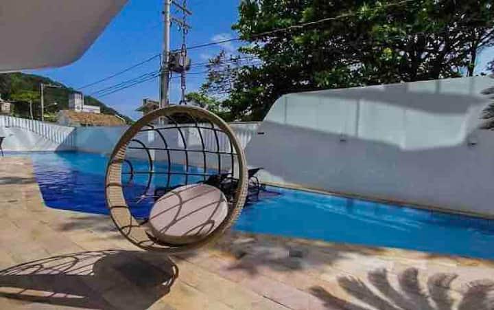 Apartamento top, na Praia de Cabeçudas!