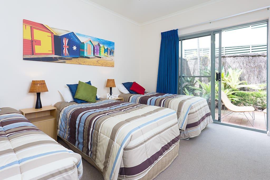 3 Bedroom Lake View