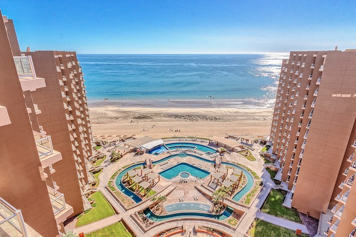 Top Floor, 3 Bed 3 Bath Las Palomas Phase 2 Condo