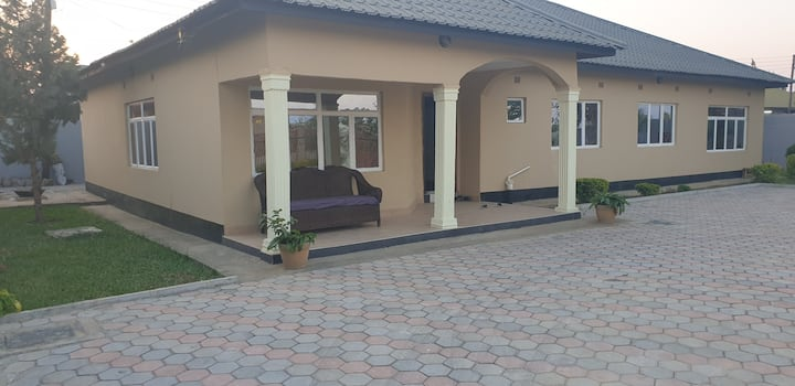 Zinga Estate
