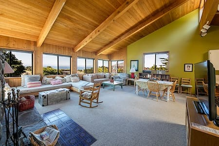 SR Sea View- Two bedroom dream - Sea Ranch
