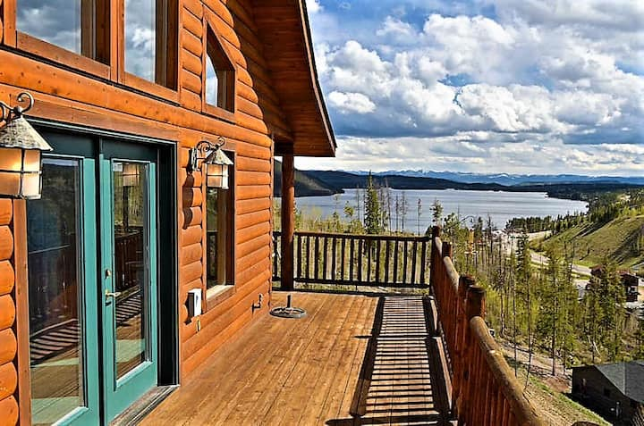 Amazing views of Shadow Mnt/Lake, 3Br/2Ba cabin