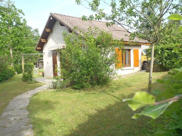 La petite maison... - Saint-Cassien - Rumah