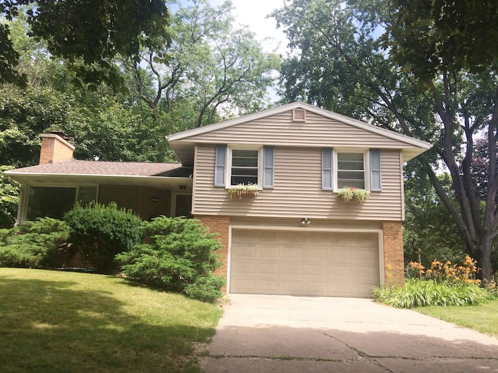 Location! Centrally located entire house