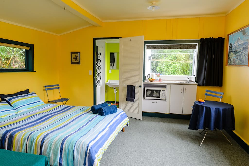 Cottage b 39 n b in paekakariki chambres d 39 h tes louer for Chambre hote zelande