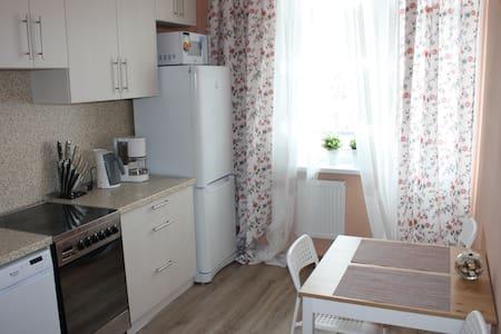 Квартира для любознательных путешественников - Sankt-Peterburg - 아파트