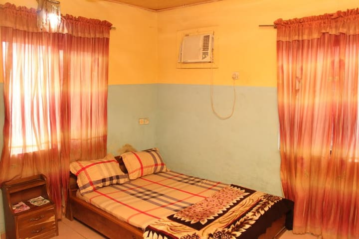 Accord Hotel - Single Room