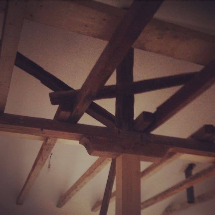 Roof beams from 1924