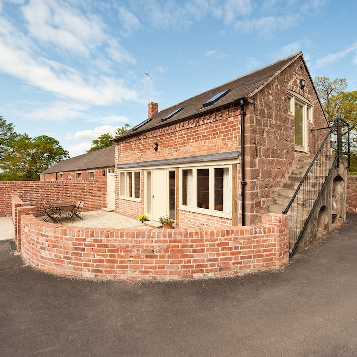 Grove Farm Cottage - converted barn