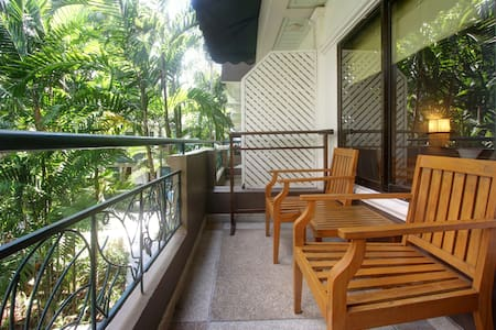 Deluxe Room with breakfast - The Viridian Resort - Patong
