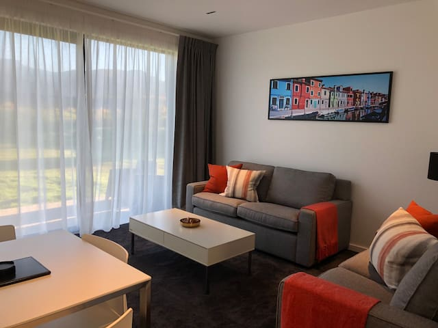 Brand new comfortable modern guest suite. Luxurious and spacious with underfloor heating throughout.