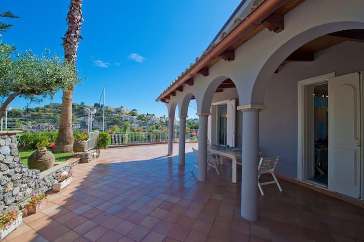Panoramic Ravello Colorful Villa