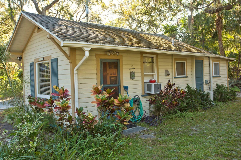 Garden-peaceful yard