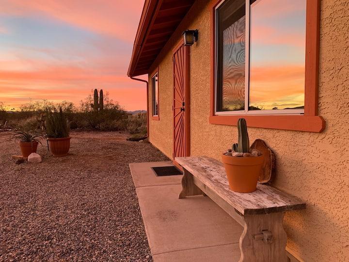 Saguaro Shadows Guest House near Saguaro Natl Park