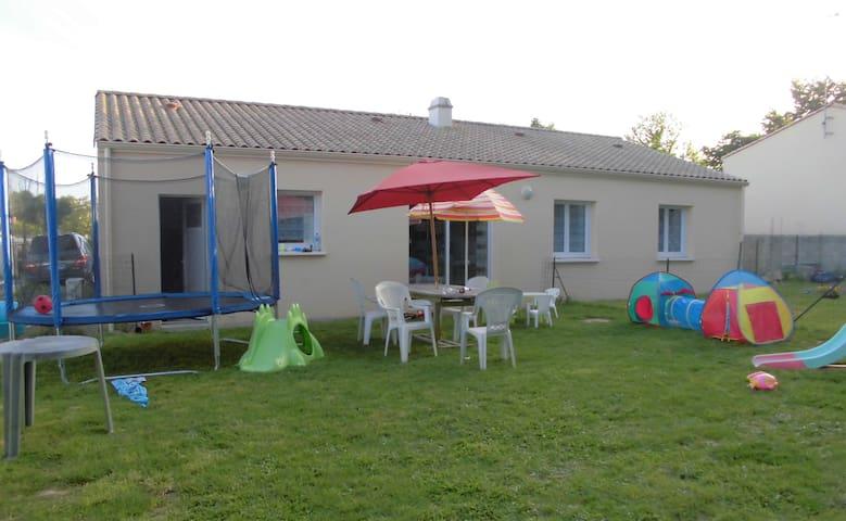 Chez Steph & Steph - Aubigny - Casa