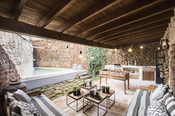 Casa con piscina Mora de Rubielos