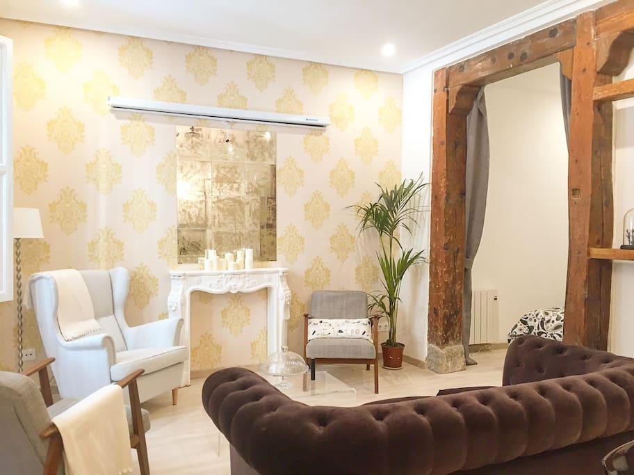 Salón-comedor/ Living-room