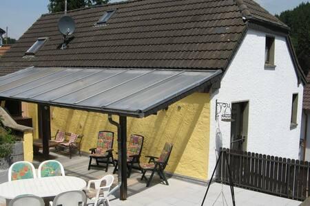 Vakantiehuis in prachtige omgeving - Hellenthal - Talo