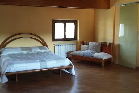 Appartamento privato in villetta. - San Martino In Campo - Talo