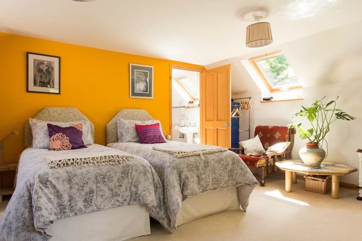 Converted Barn | B&B, Tranquil Holidays & Packages